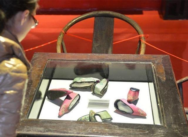 「小腳一雙眼淚一缸」,三寸金蓮博物館看了真的是很心疼 - 每日頭條