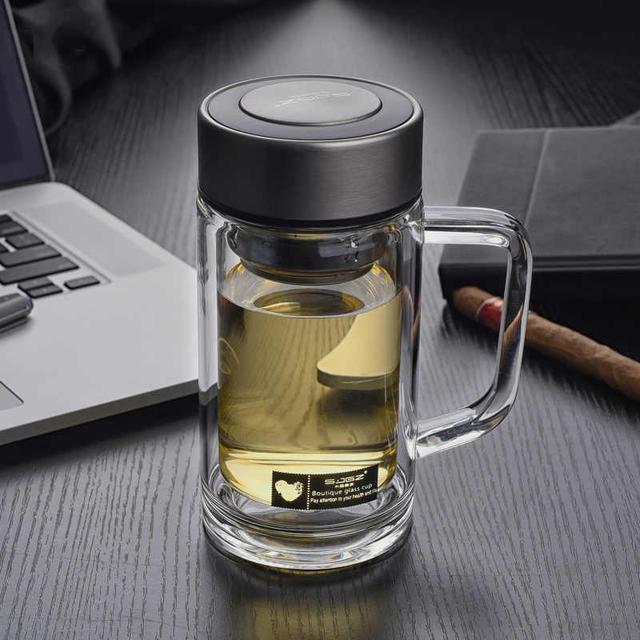 傳統水杯已過時。今年流行高顏值水杯。無論車載辦公都有面子 - 每日頭條