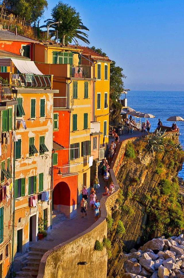 世上最著名最漂亮的漁村——義大利五漁村 - 每日頭條