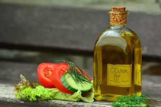 花生油、橄欖油、調和油……。哪種油吃了最健康? - 每日頭條