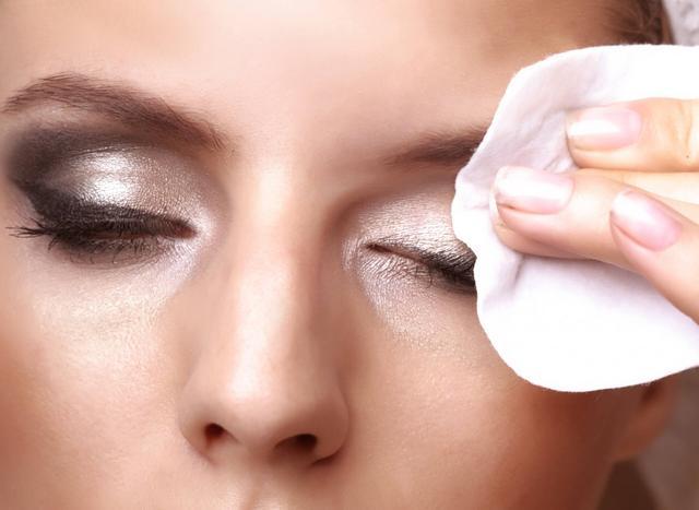 卸妝油、卸妝水、卸妝膏。各種卸妝產品你知道哪種最適合你嗎? - 每日頭條