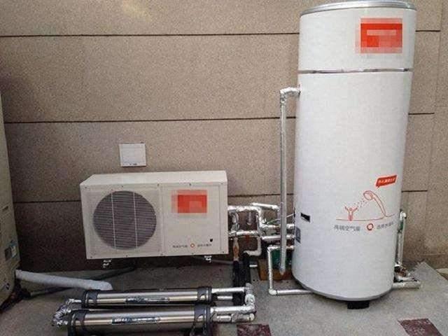 冬天洗澡用哪種熱水器最劃算?一對比。發現自己買錯了 - 每日頭條