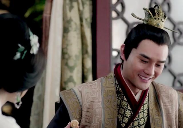 蕭景琰:我不想他活在我心中,交給親生的繼承人的,淺淺微笑下是無限洶湧的悲痛。昔日形影不離的摯友,皇后是滑族臥底? - 每日頭條