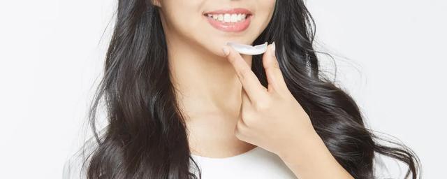 牙齒黃。怎樣才能變白?試試3D立體美白。牙齒白得均勻透亮 - 每日頭條