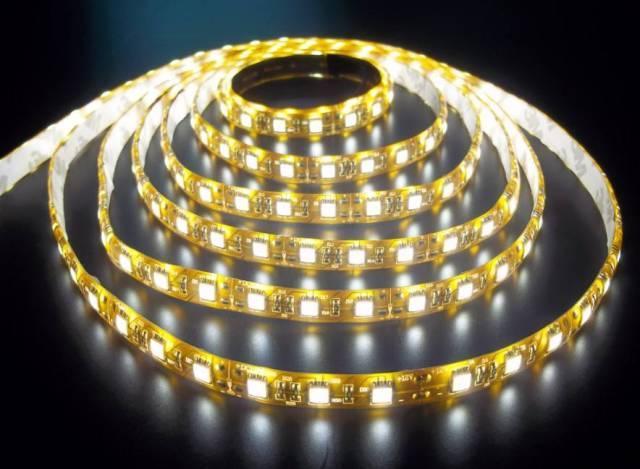 試試家裝新寵——LED燈帶。安裝靈活又變幻無窮 如何挑選優質LED燈帶。乾貨都在這裡…… - 每日頭條
