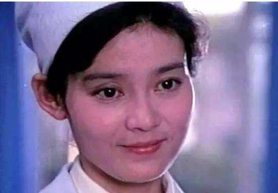 63歲「悲劇女皇」潘虹,突然宣布出家?她到底經歷了什麼? - 每日頭條