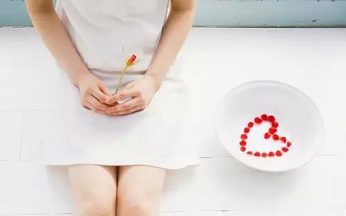 導致女性不孕的十大因素。你應該了解 - 每日頭條