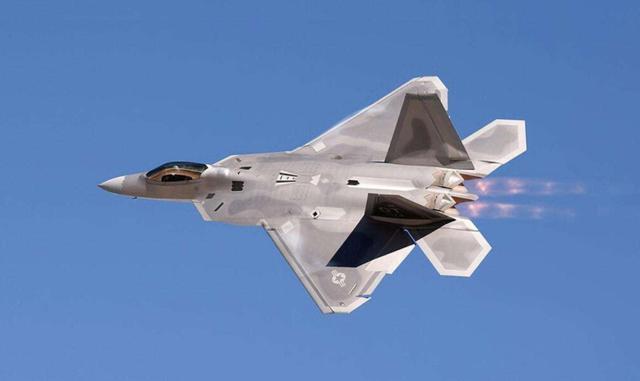 中國擊落美國F-22?「猛禽」被擊落這事只發生過一次! - 每日頭條