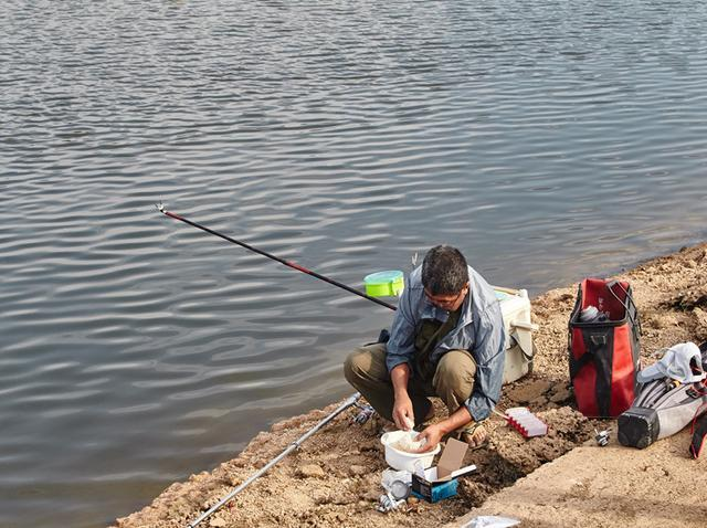 釣鯽魚這樣選擇浮漂和線組。超高性價比 - 每日頭條