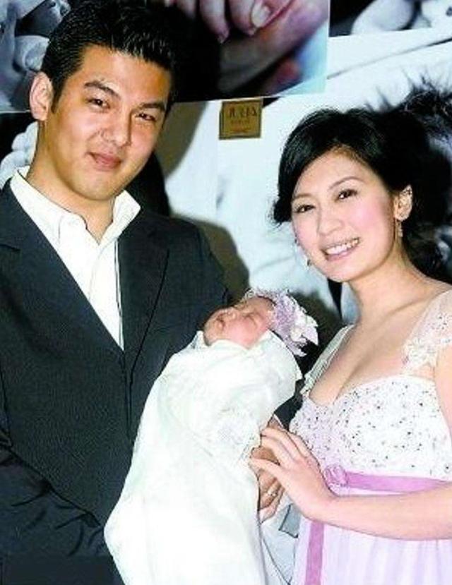 王菲第一位丈夫。趙雅芝第一位丈夫。賈靜雯第一位丈夫。這差距 - 每日頭條