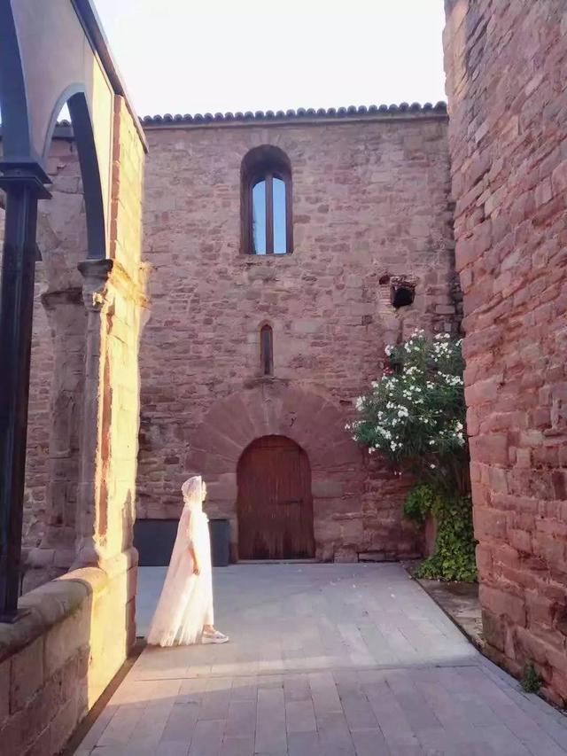 西班牙:加泰羅尼亞大區的古堡,小鎮與美食 - 每日頭條