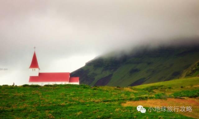 打馬從冰島的魯冰花中走過。路的盡頭懸掛彩虹。不要懷疑內心的喜悅 - 每日頭條