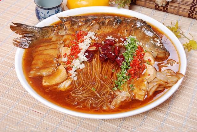 東北土豪的請客菜單。看完你會忍不住!民族風俗盛宴…… - 每日頭條