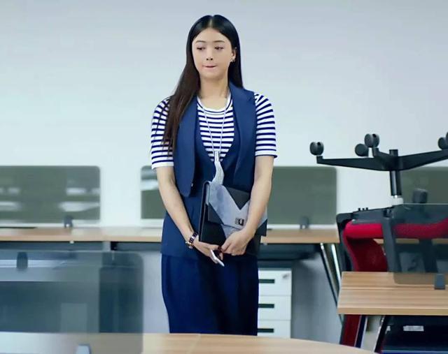 蔣欣為你親身試驗微胖大胸妹紙怎麼穿才是對的?! - 每日頭條