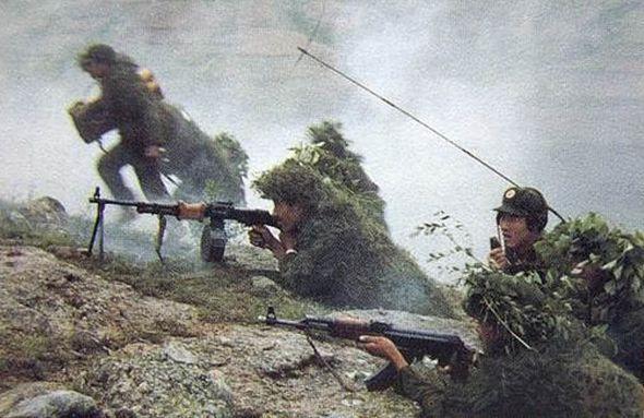 為何對越反擊戰的中國戰士選擇光榮彈寧死不降?答案讓人含淚敬禮 - 每日頭條