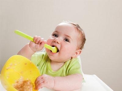 小孩子吃飯燙到舌頭了怎麼辦? - 每日頭條