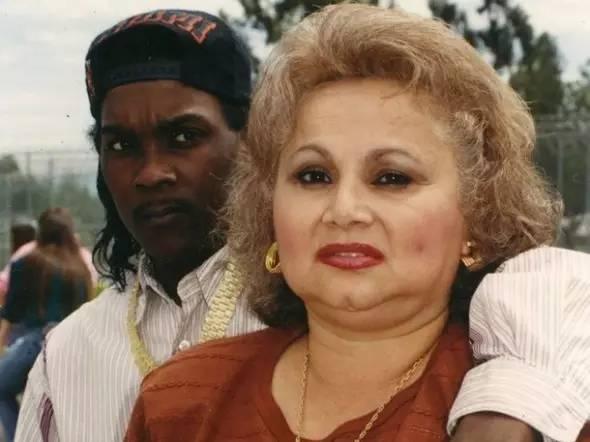 女毒梟   她當過妓女、殺了3個老公、雙性戀、對兩百多條人命負責 - 每日頭條