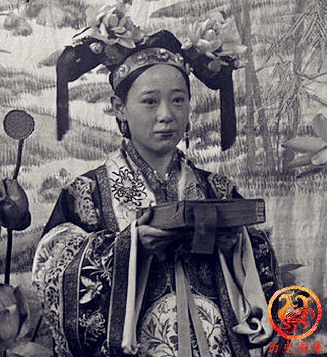 清末慶親王四格格老照片:慈禧身邊最美的格格,堪稱禁宮第一美女 - 每日頭條