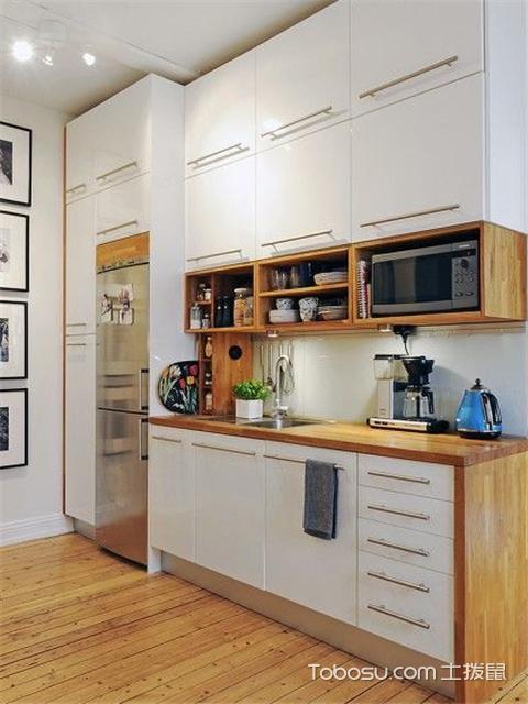 kitchen towel bar appliance packages stainless steel 4平米的厨房装修效果图欣赏 小厨房这么装一点也不显小 每日头条 厨房是一个做饭的地方如果环境特别差我们对做出来的食物都会缺少兴致 但是这小厨房设计还真不容易 又要操作方便还要看起来美观 下面我们就来看看这些4平米厨房装修