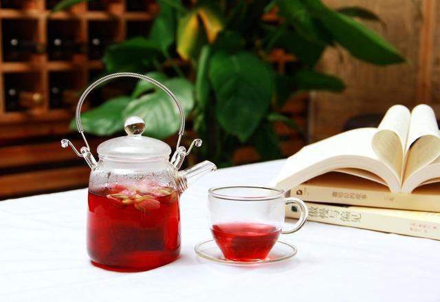 紅茶有四大品種。它的營養成分。以及功效有哪些? - 每日頭條