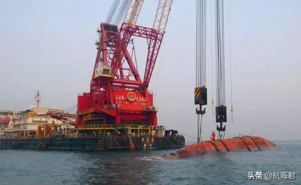 廣州打撈局成功打撈香港海域運砂船! - 每日頭條
