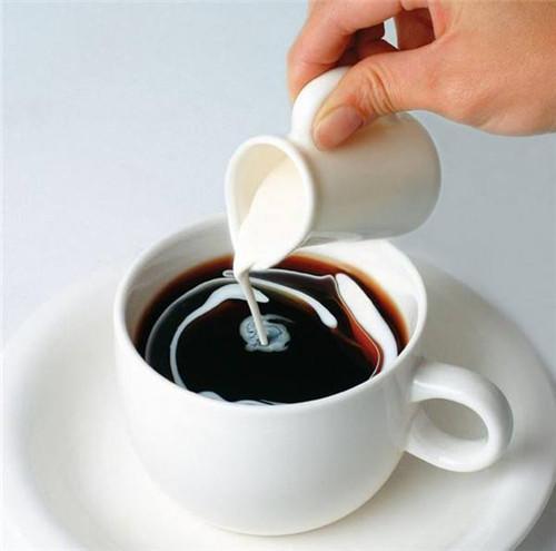 牛奶遇上醋。飯後一杯:消除贅肉。緩解便秘。臉小膚嫩 - 每日頭條