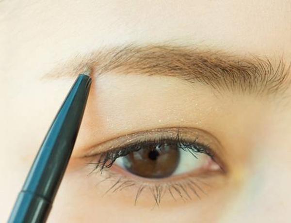 新手學化妝:用眉筆怎麼畫好眉毛? - 每日頭條