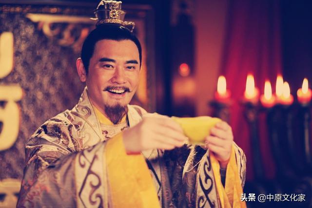 在古代為什麼叫皇帝為「陛下」?為何古代皇帝自稱朕和寡人 - 每日頭條