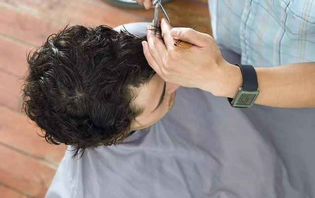 漲姿勢 多久剪一次頭髮好?關於剪髮你一定要知道這些事! - 每日頭條