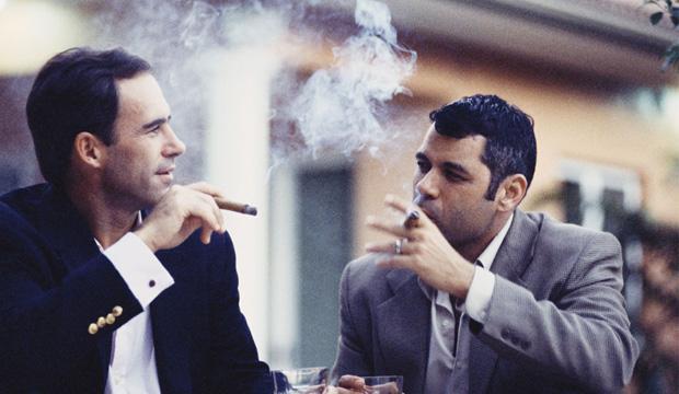 香菸會影響口氣。但抽菸的一定會有口臭嗎?聽聽醫生的看法 - 每日頭條