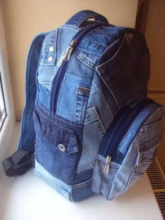 【舊衣改造】  你不穿的舊牛褲就可以做包。好看又好用到極致! - 每日頭條