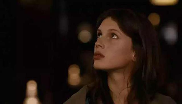 法國電影花容月貌丨少女為了體驗人生成為妓女 - 每日頭條