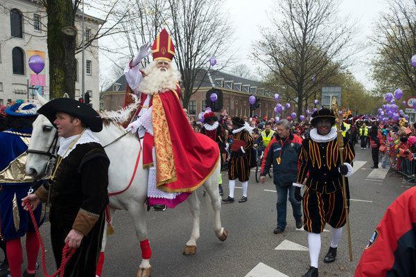 荷蘭最盛大的節日——聖尼古拉斯節終於要來啦! - 每日頭條
