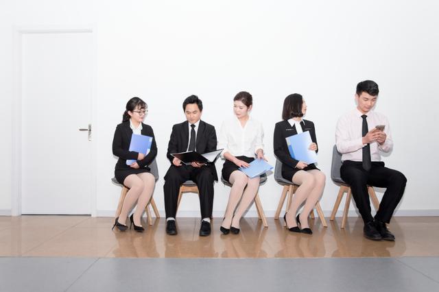 大學畢業找不到工作,去賣保險有前途嗎? - 每日頭條