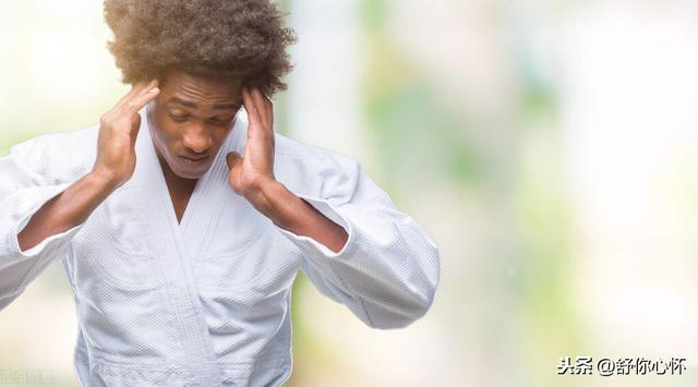 感覺自己得了抑鬱癥。別忘記了用這六種方法。走出抑鬱的陰霾 - 每日頭條