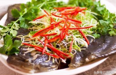做清蒸魚用什麼魚最好?加班熬夜皮膚差、脫髮嚴重該吃什麼魚? - 每日頭條