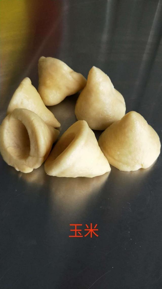 五穀飄香窩窩頭經典傳統美食介紹 - 每日頭條
