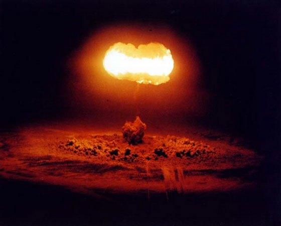 中子彈屬於核武器還是常規武器?這裡告訴你答案 - 每日頭條