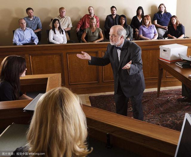 民事訴訟當事人委託律師全權處理。自己不出庭可以嗎? - 每日頭條