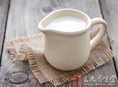 喝奶粉的好處 女性喝奶粉有什麼好處 - 每日頭條