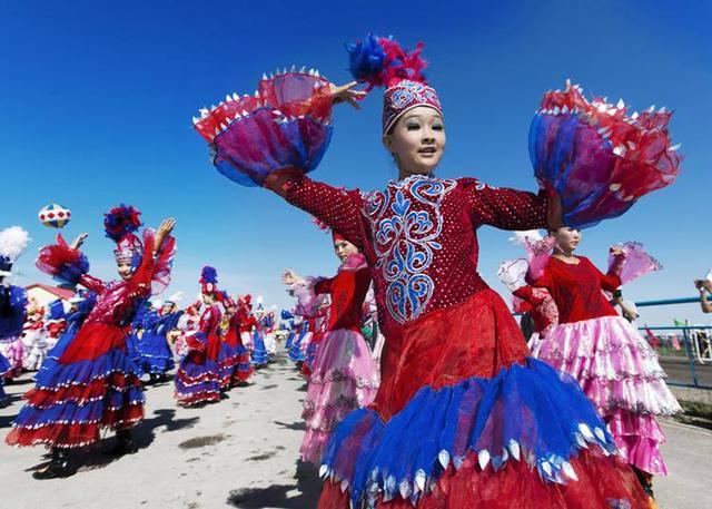 中國哈薩克族與哈薩克斯坦日常飲食有什麼不同? - 每日頭條