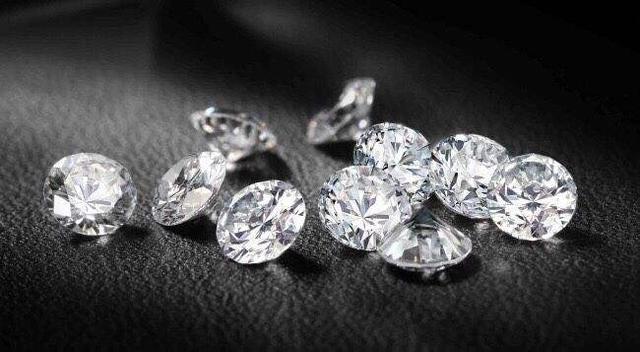 50分的鑽石購買價格只有1w出頭,而這也是在 Rapaport Diamond Report 上看不見的細節,千萬別再花冤枉錢了 - 每日頭條