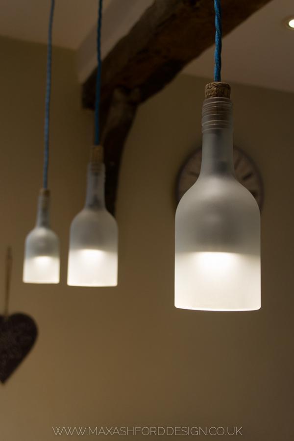 廢酒瓶製作的吊燈 - 每日頭條