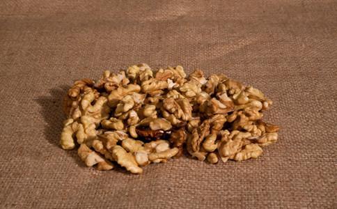 女人吃核桃仁的好處 核桃仁的營養價值 - 每日頭條
