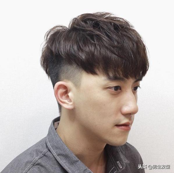 男生油頭髮型太膩了,2019年剪這四款短髮肯定帥! - 每日頭條
