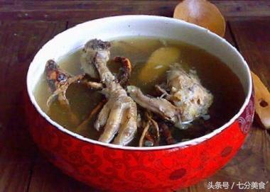 五指毛桃瘦肉老雞煲湯有什麼技巧嗎?怎樣煲湯肉鮮嫩滑湯濃 - 每日頭條