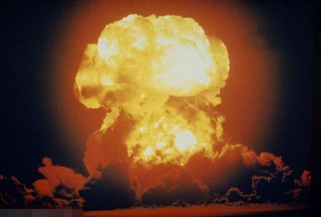 世界上威力最強大的武器,發射一顆後果不可估量,中國造 - 每日頭條