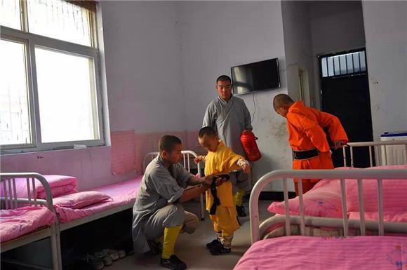 少林寺文武學校有適合女孩子學習的武術嗎 - 每日頭條