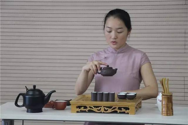茶的魅力丨中茶院茶課堂評茶員、茶藝師培訓順利結業 - 每日頭條