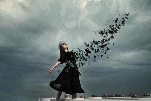 陳奕迅的《失憶蝴蝶》和張國榮的《路過蜻蜓》講了個細思極恐故事 - 每日頭條